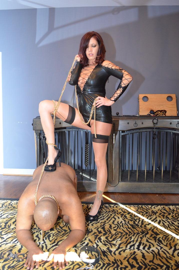Mistress Leona sissy trainer