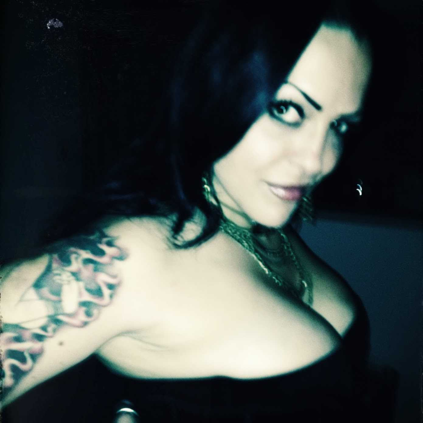 Mistress Lily Thorn