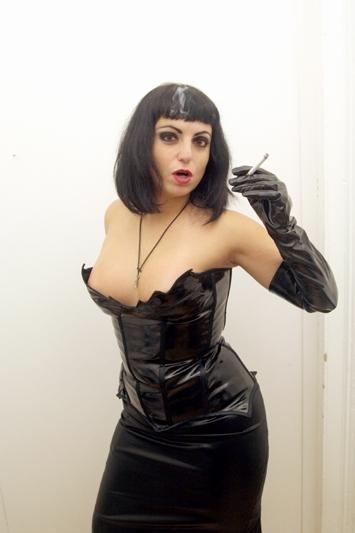 mistress kellie