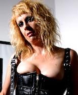 mistress-fabula